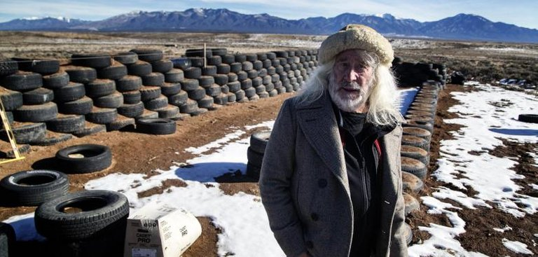 EARTHSHIPS22.jpg