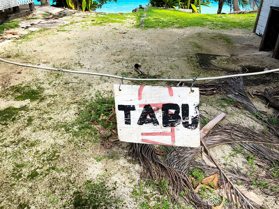 Tabu sign.jpg