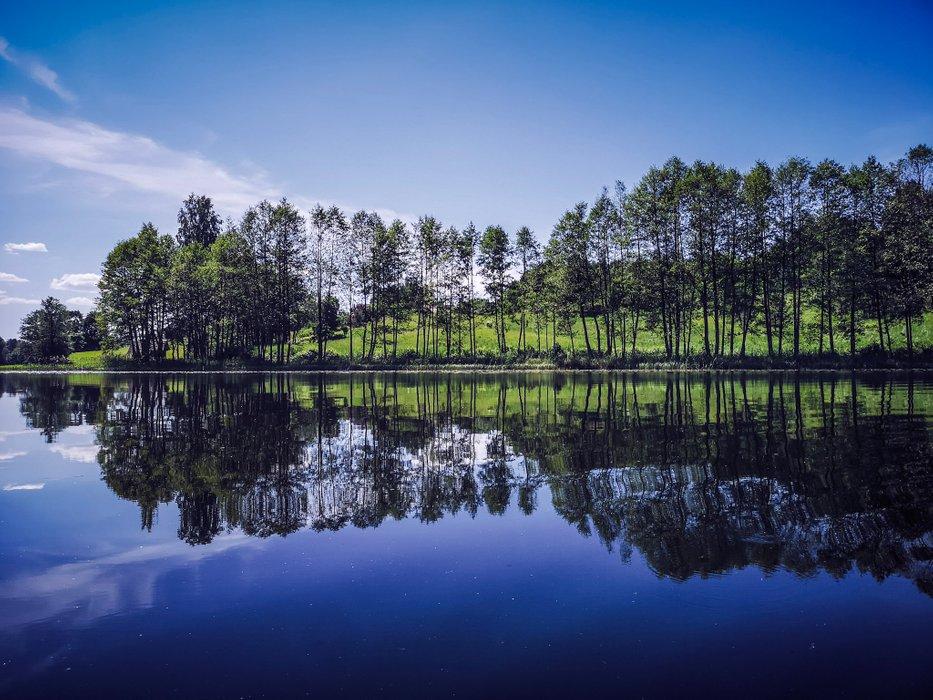 lake-mirror.jpg