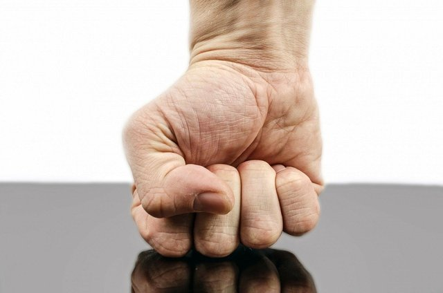 Punch on somehting hard.jpg