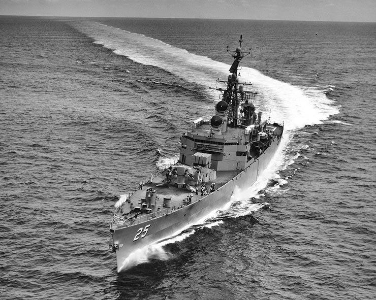 USS Bainbridge CGN25.jpg