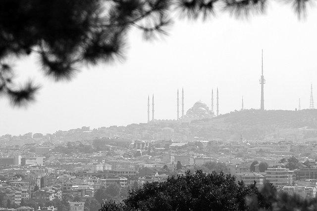 Istanbul_Skyl_003_s_BW.jpg