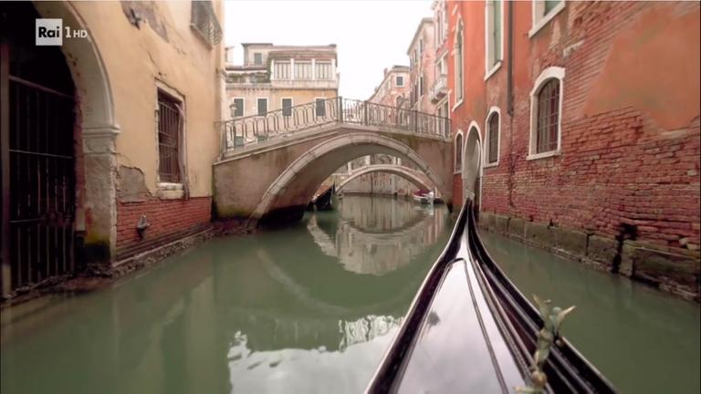 Gondola...