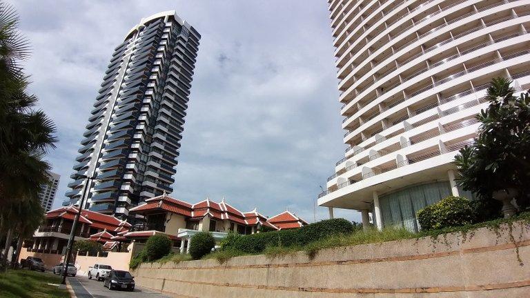 pattaya_beach_oct_2020_523.jpg