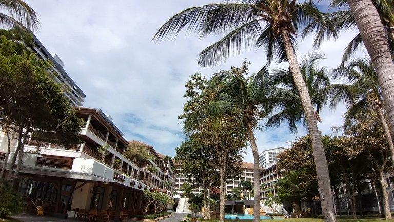 pattaya_beach_oct_2020_517.jpg