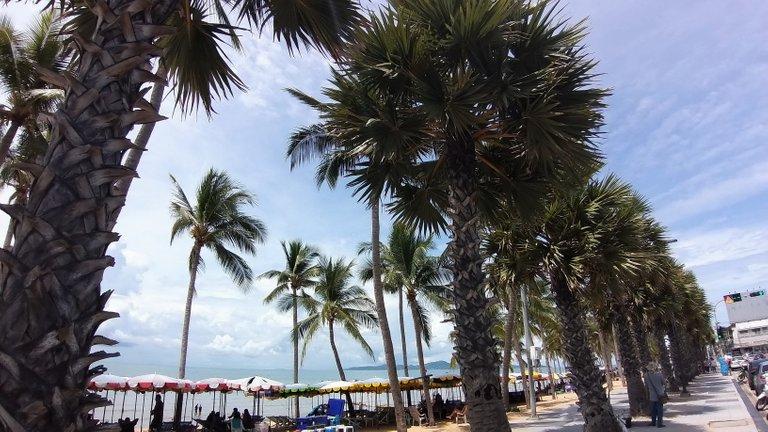 pattaya_beach_oct_2020_367.jpg