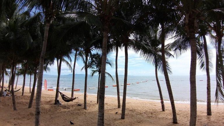 pattaya_beach_oct_2020_473.jpg