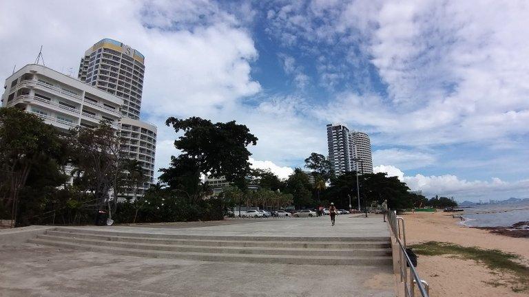 pattaya_beach_oct_2020_543.jpg