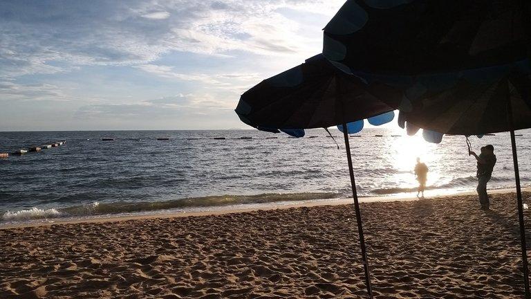 pattaya_beach_oct_2020_679.jpg