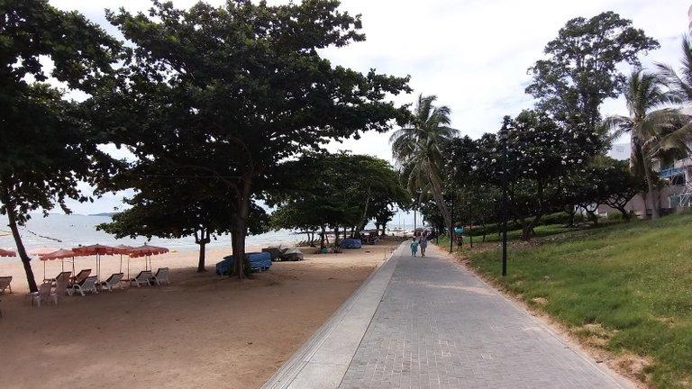 pattaya_beach_oct_2020_533.jpg