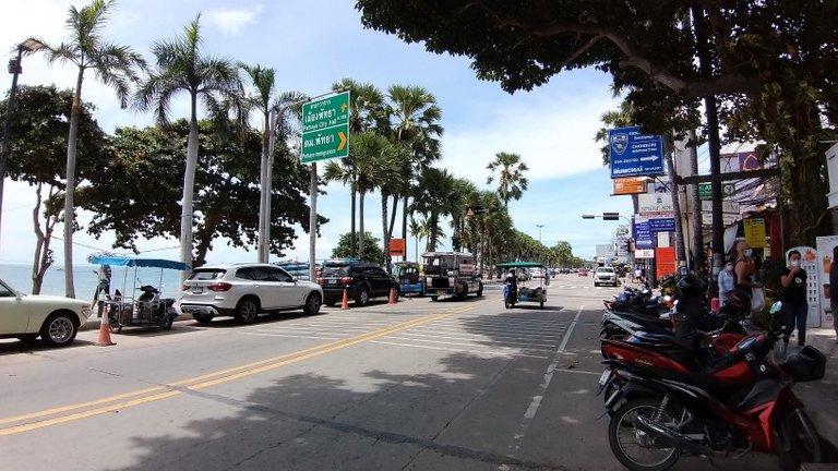 pattaya_beach_oct_2020_322.jpg