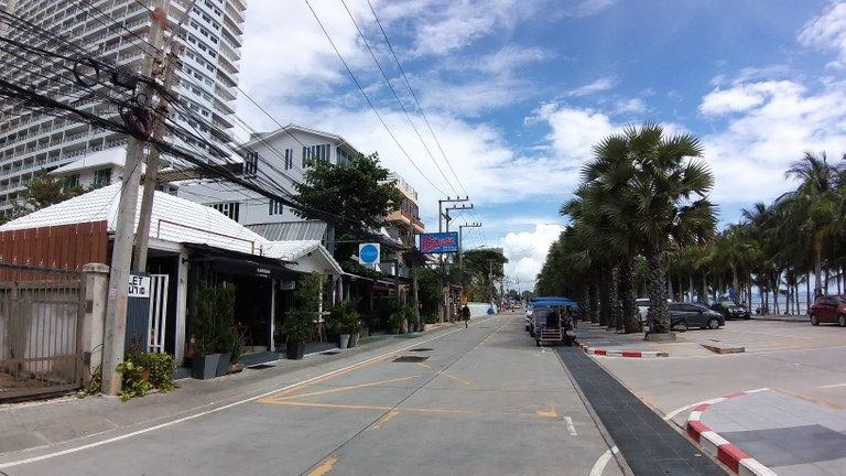 pattaya_beach_oct_2020_476.jpg