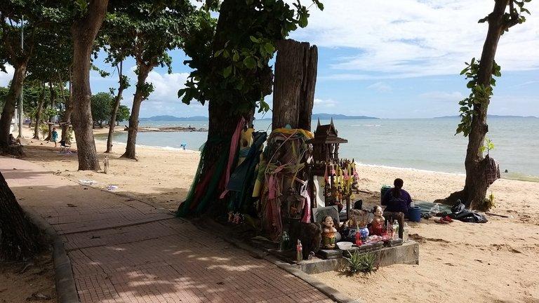 pattaya_beach_oct_2020_522.jpg