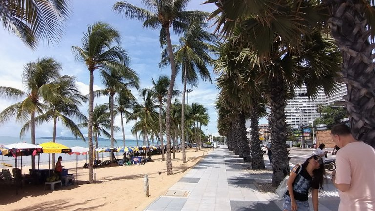 pattaya_beach_oct_2020_369.jpg