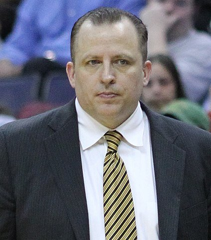 423px-Tom_Thibodeau_cropped.jpg