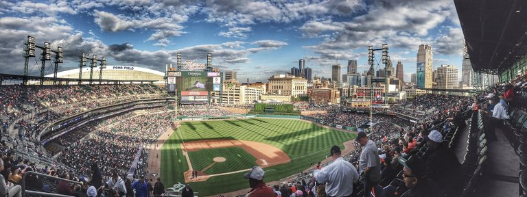 baseball-field-1149153_1920.jpg