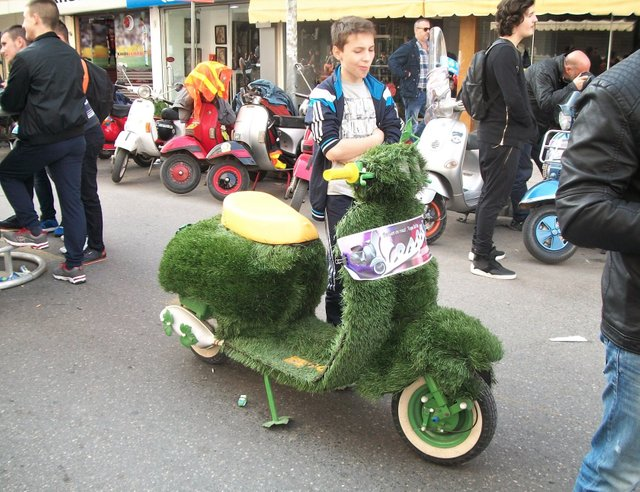 """Albanian youth feeling uneasy with """"Astroturf Vespa"""""""