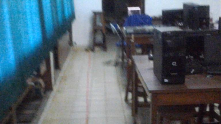 Gambar 3.7 Lab sistem komunikasi penelitian jarak 10 meter.png