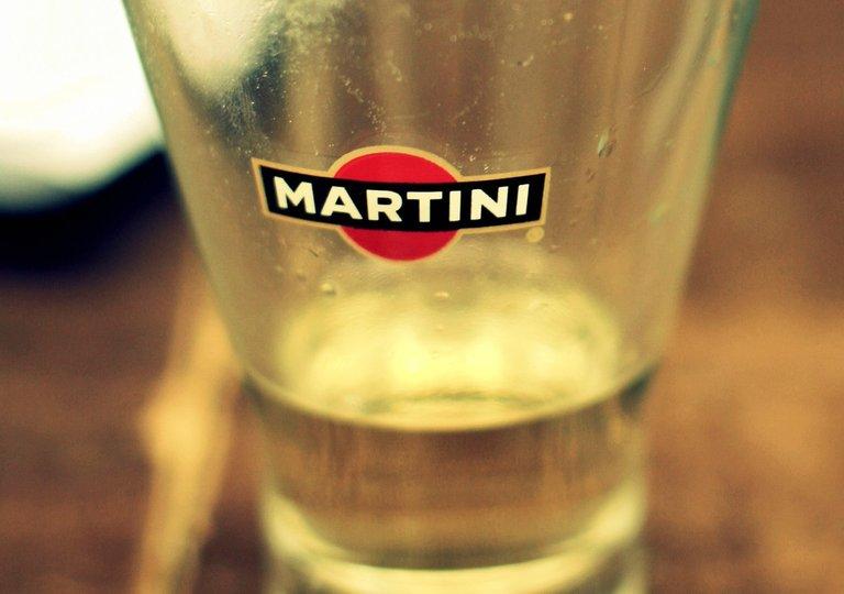 martini_2550w.jpg
