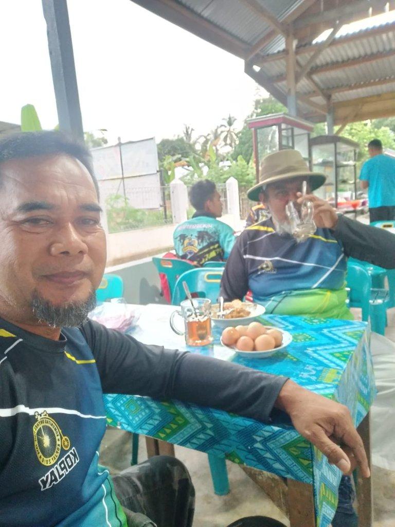 Kopjay Weng Hingga Ke Batee Iliek Hive