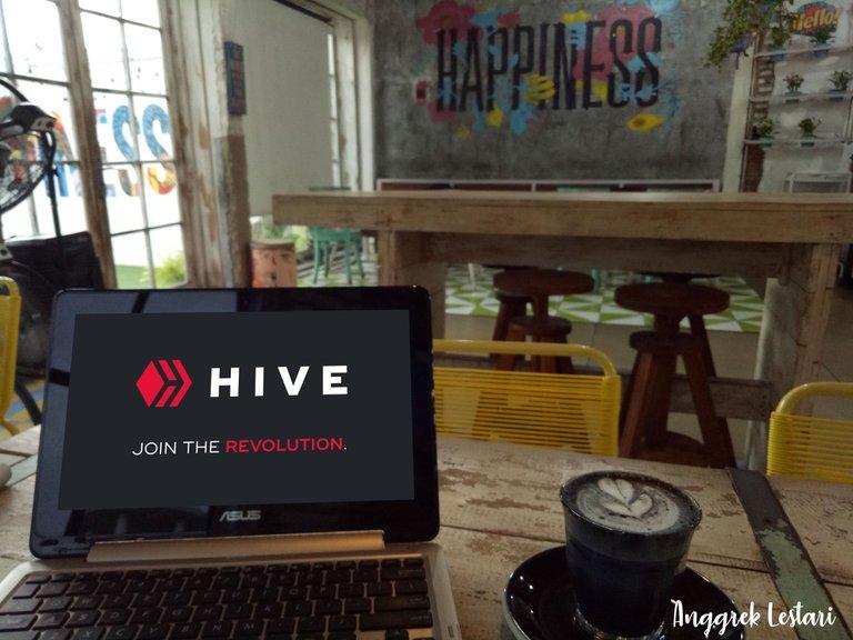 HIVE COFFEE.jpg