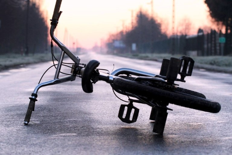 bike-6273589_1280.jpg