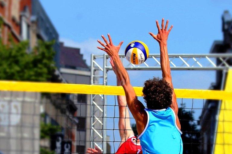 beach-volleyball-6483905_1280.jpg