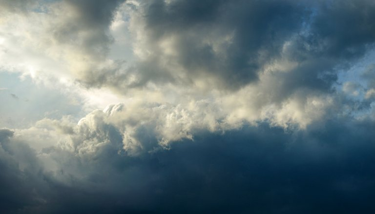 cloudpano.jpg