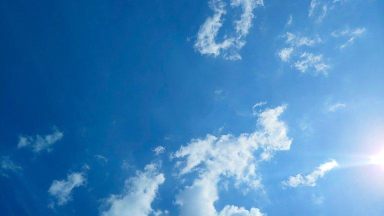 cloud12.jpg