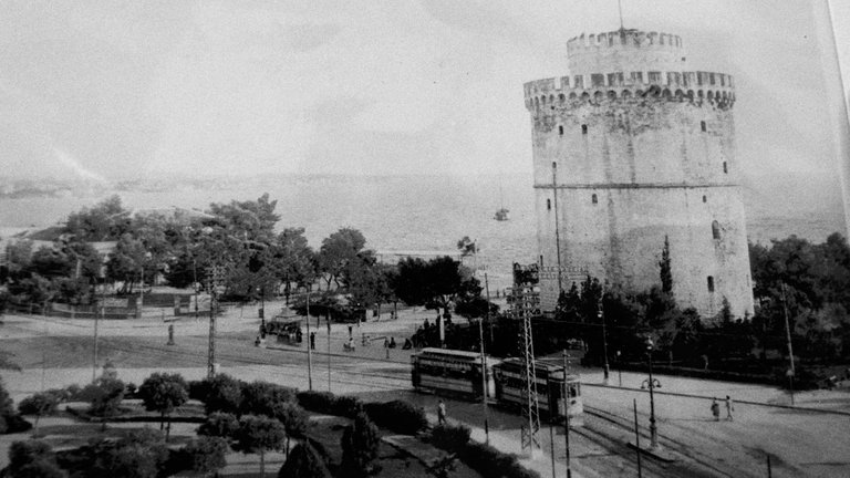 An old picture of the White Tower