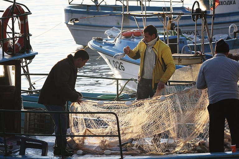 Fishers_Boat_s.jpg