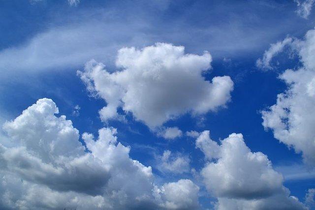 clouds-1169676__480.jpg