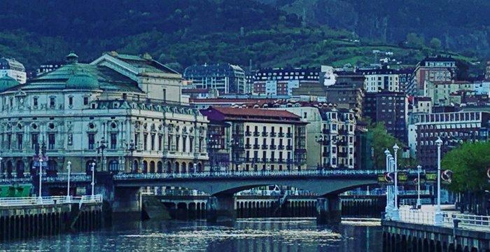 Mis paseos por Bilbao - Part I. Casco Viejo y el Museo Guggenheim. My Bilbao Walks - Part I [ES/EN]