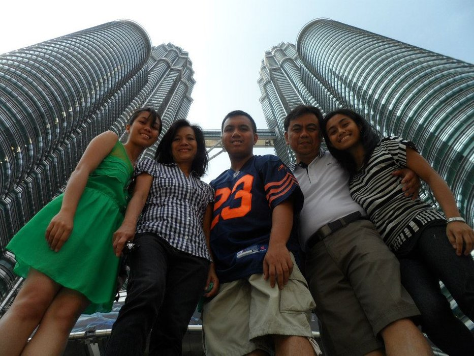 Family picture in the iconic Petronas Twin Towers