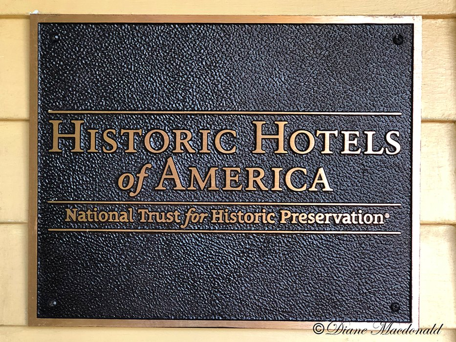 Historic Hotel Plaque.jpg