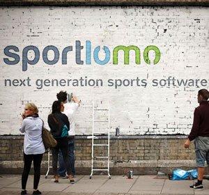 NY-sportlomo-wall.jpg