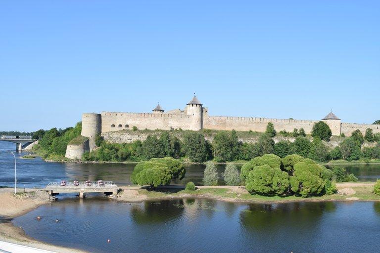 A closer look at Ivangorod Fortress