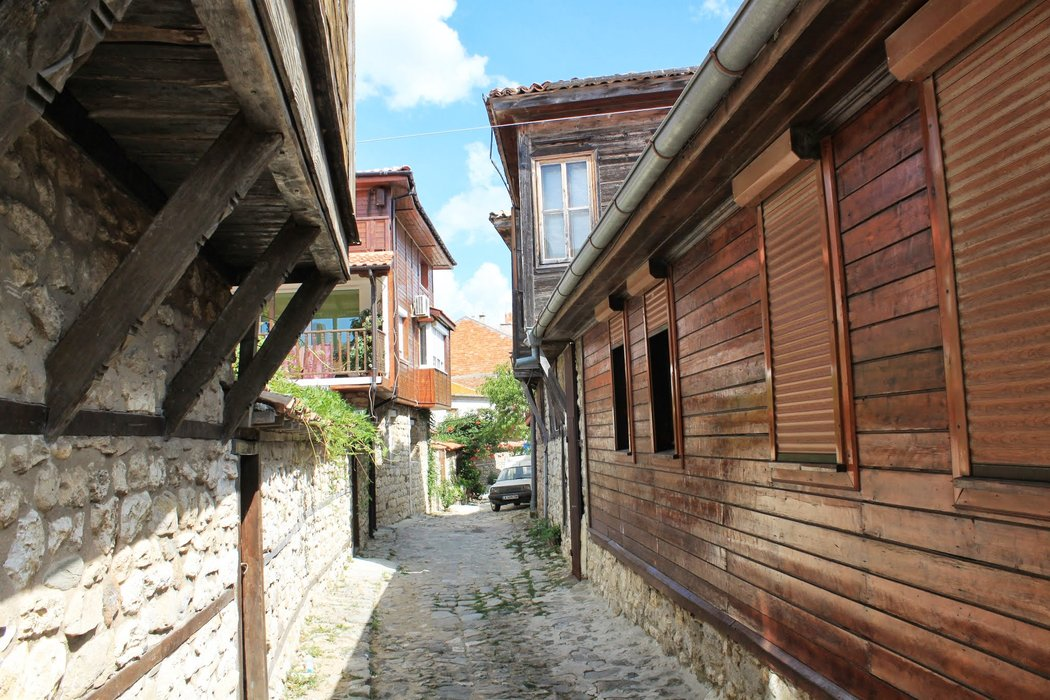 There are very narrow streets in Nessebar
