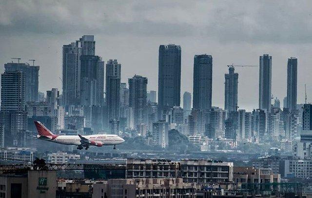 Mumbai (source: Wikimedia Commons)