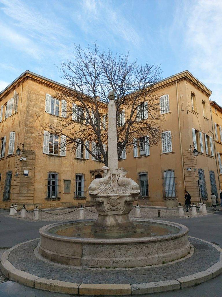 beautiful buildings in France4.jpg