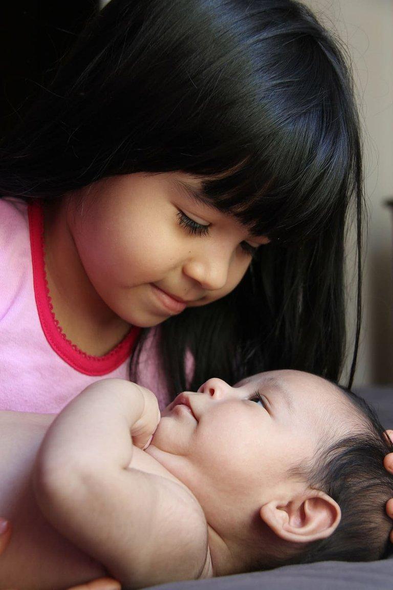 brothers-sister-baby-girl.jpg