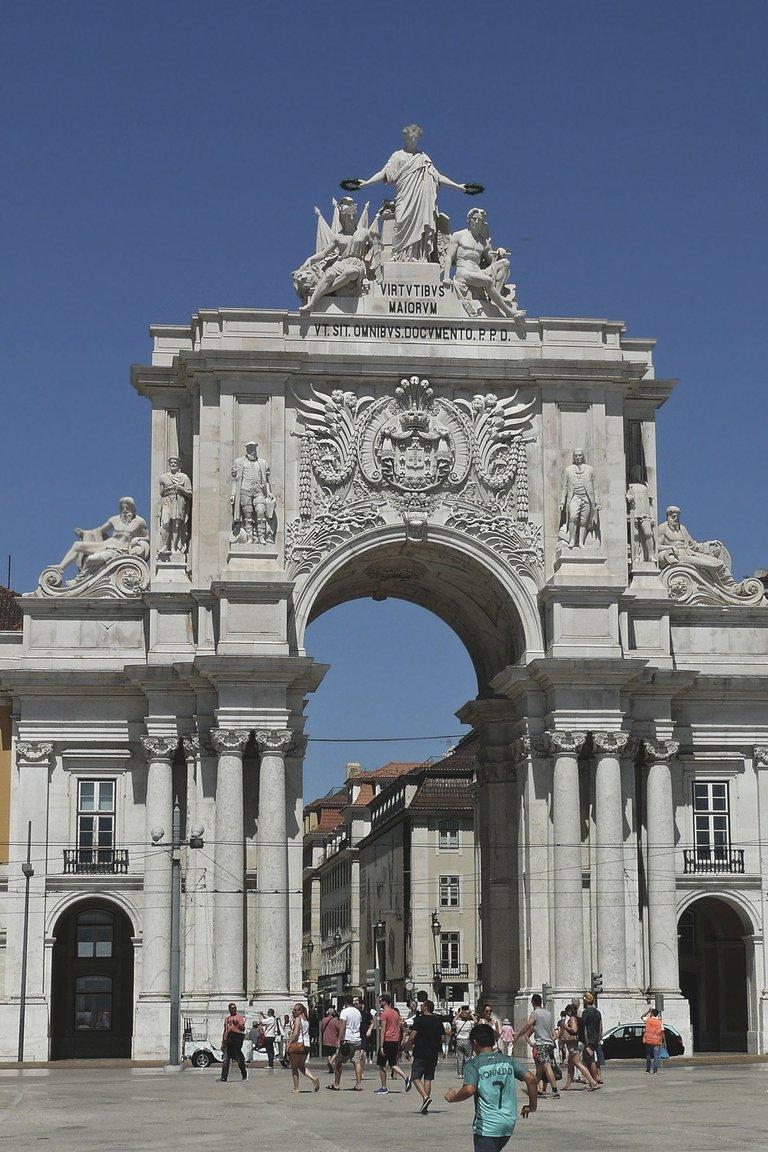 Lisbon center 17.jpg