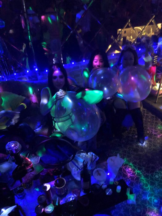So many balloons!