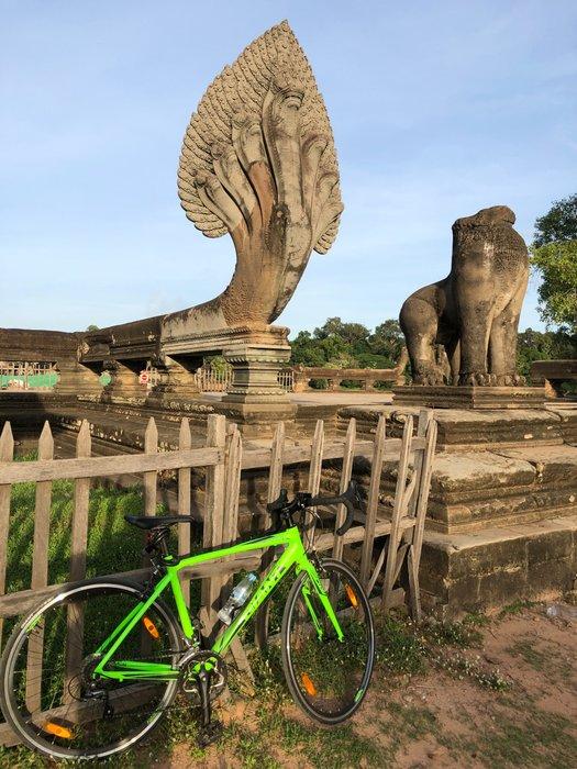 Naga Bike Lean