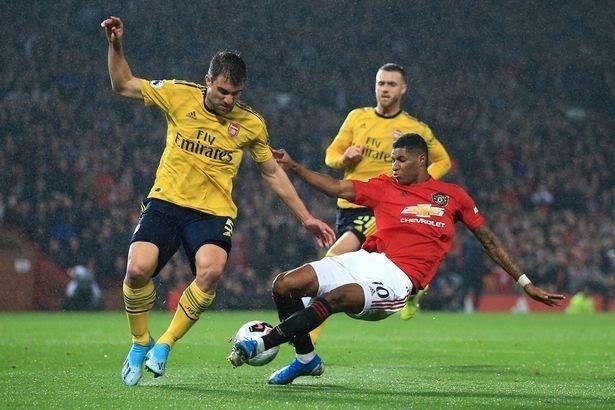 0_Manchester-United-v-Arsenal-FC-Premier-League.jpg