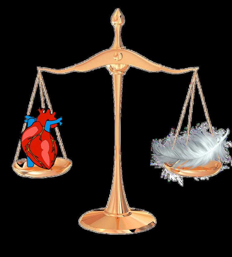 balanza pluma y corazón.png