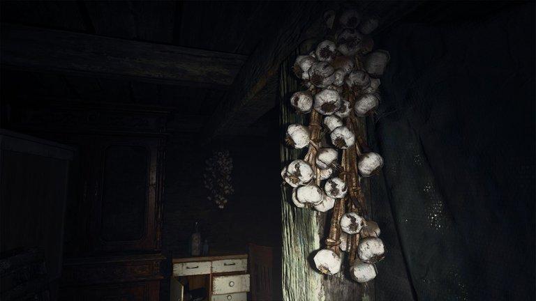 Resident Evil Village (2).jpg