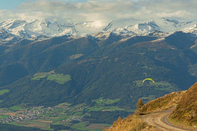 paragliding3 (1).jpg