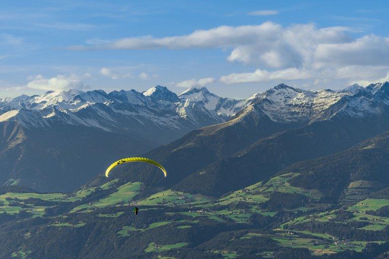 paragliding3 (2).jpg