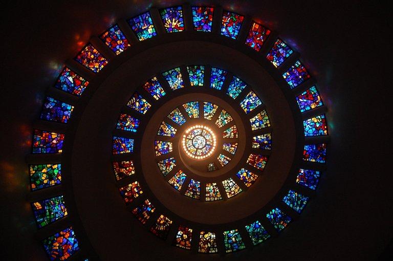 stainedglass1181864_1920.jpg